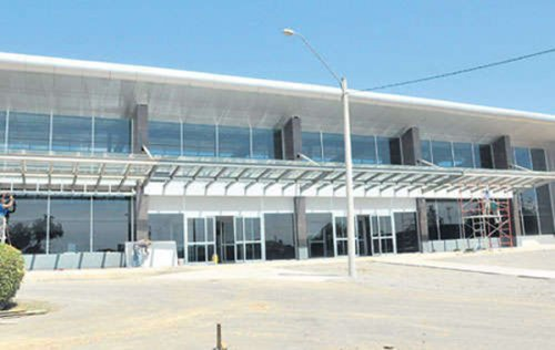 Newly_remodeled airport_in_david